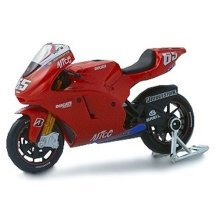Diecast Model Ducati Desmosedici (Loris Capirossi) (1:18 scale by Maisto) in Red