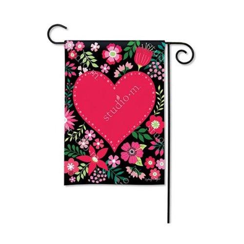 Magnet Works MAIL31691 Love Everywhere Garden Flag