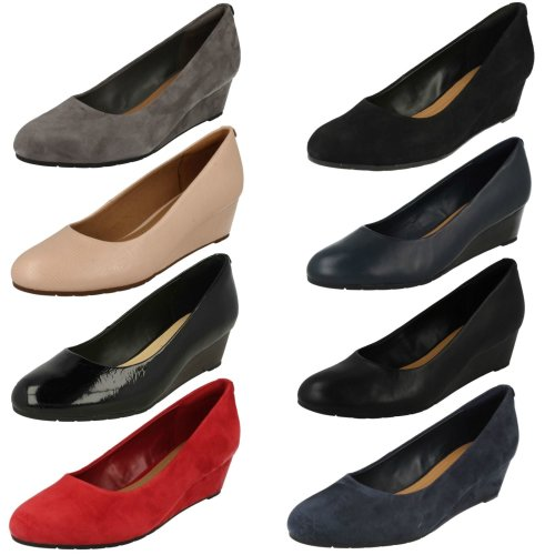 Ladies Clarks Low Wedge Court Shoes Vendra Bloom - D Fit