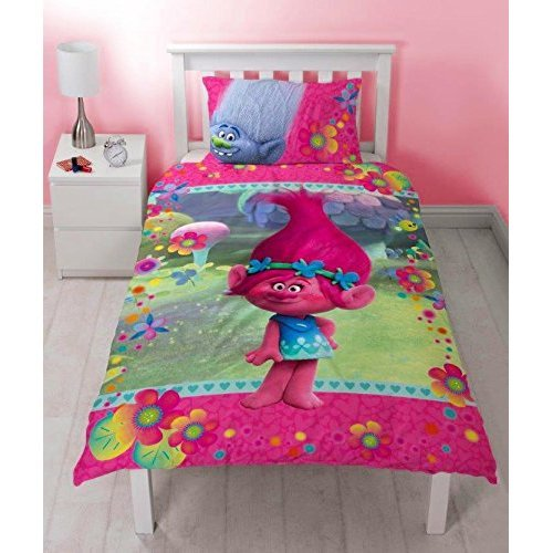Trolls Quest Single Duvet Cover and Matching Pillowcase Set